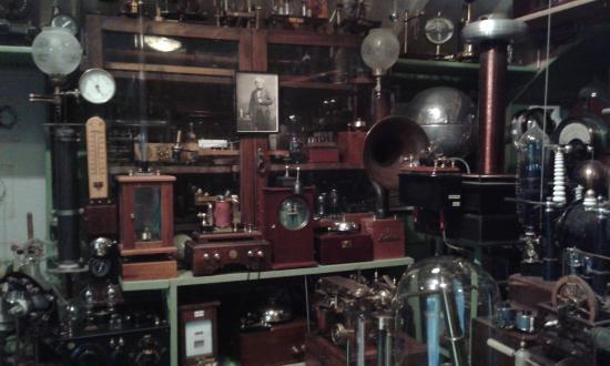 victorian-lab