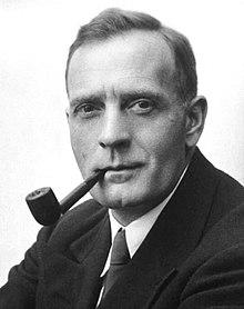 Edwin_Powell_Hubble_ Wiki